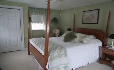 Bed & Breakfast Room in Johnstown NY
